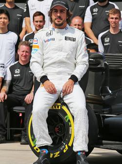 Fernando Alonso, McLaren em fotografia da equipe