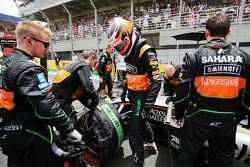 Nico Hulkenberg, Sahara Force India F1 VJM08 sur la grille