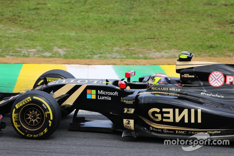 Пастор Мальдонадо, Lotus F1 E23 з a #PrayForParis hashtag on the car