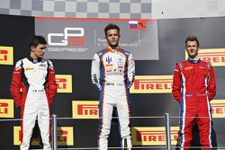Race 1 Podium: second place Esteban Ocon, ART Grand Prix and winner Luca Ghiotto, Trident and third place Emil Bernstorff, Arden International