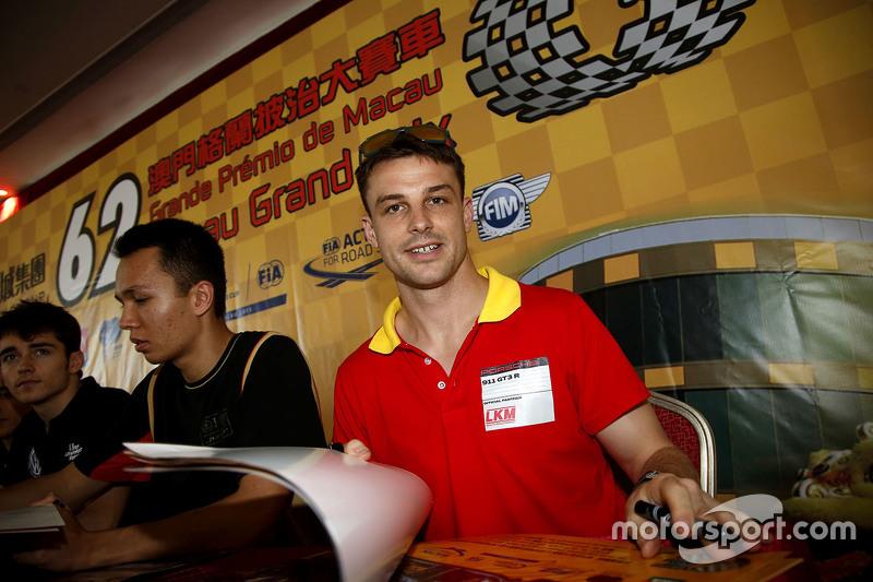 Earl Bamber, LKM Racing