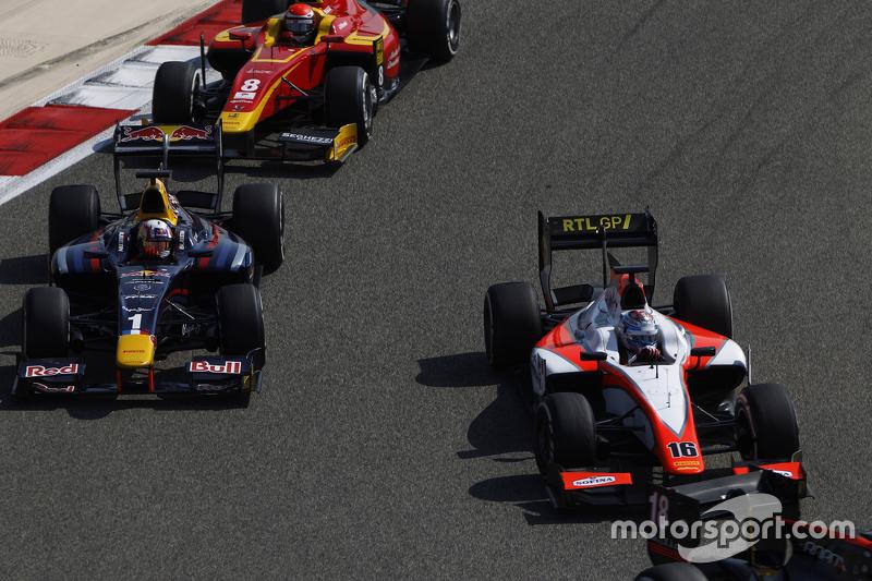 Ніколас Латіфі, MP Motorsport лідирує  П'єр Геслі, DAMS та Александер Россі, Racing Engineering