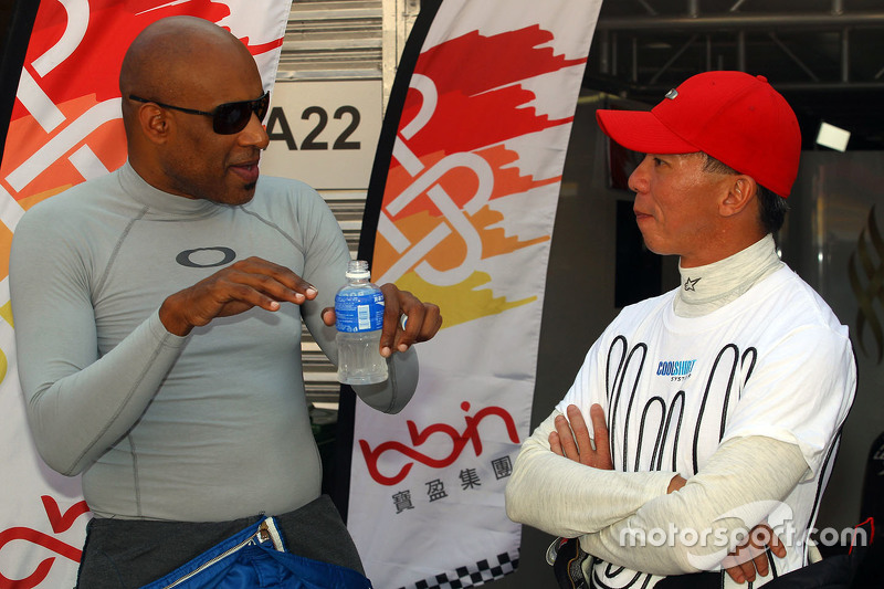 Robb Holland, SEAT Leon, Roadstar Racing Team and Douglas Khoo, SEAT Leon, Niza Racing