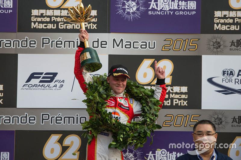 Podium: 1. Felix Rosenqvist, Prema Powerteam