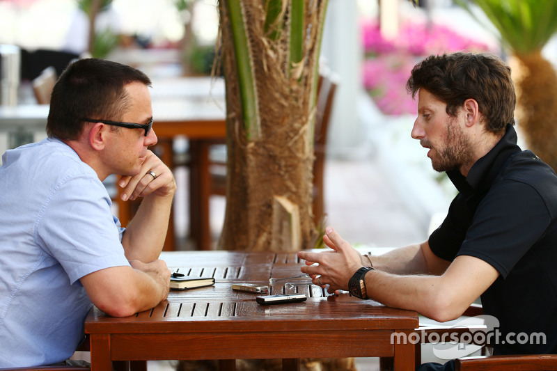 Romain Grosjean, Lotus F1 Team with Jonathan Noble, Motorsport.com Journalist