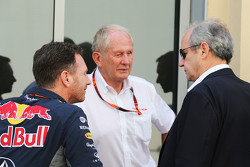 (L to R): Christian Horner, Red Bull Racing Team Principal with Dr Helmut Marko, Red Bull Motorsport Consultant and Jerome Stoll, Renault Sport F1 President