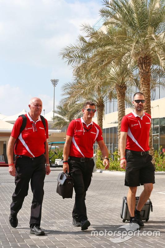 John Booth, Manor Marussia F1 Team teambaas met Graeme Lowdon, Manor Marussia F1 Team CEO en Marc Hy