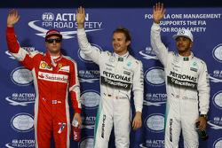 Derde plaats Kimi Raikkonen, Ferrari, polezitter Nico Rosberg, Mercedes AMG F1 Team, tweede plaats Lewis Hamilton, Mercedes AMG F1 Team