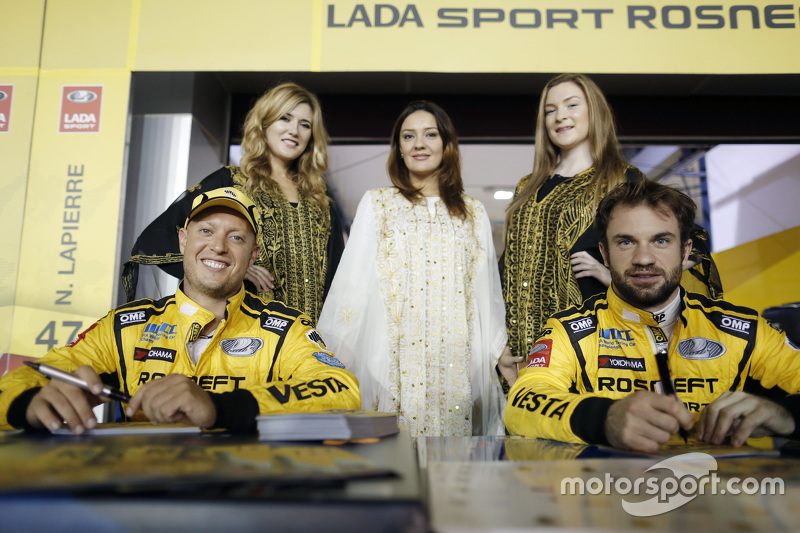Robert Huff, Lada Vesta WTCC, Lada Sport Rosneft, Nicolas Lapierre, Lada Vesta WTCC, Lada Sport Rosneft