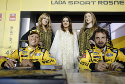 Robert Huff, Lada Vesta WTCC, Lada Sport Rosneft; Nicolas Lapierre, Lada Vesta WTCC, Lada Sport Rosneft