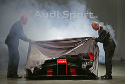 Chris Reinke, Head of LMP, and Dr. Wolfgang Ullrich unveil the 2016 Audi R18 e-tron quattro