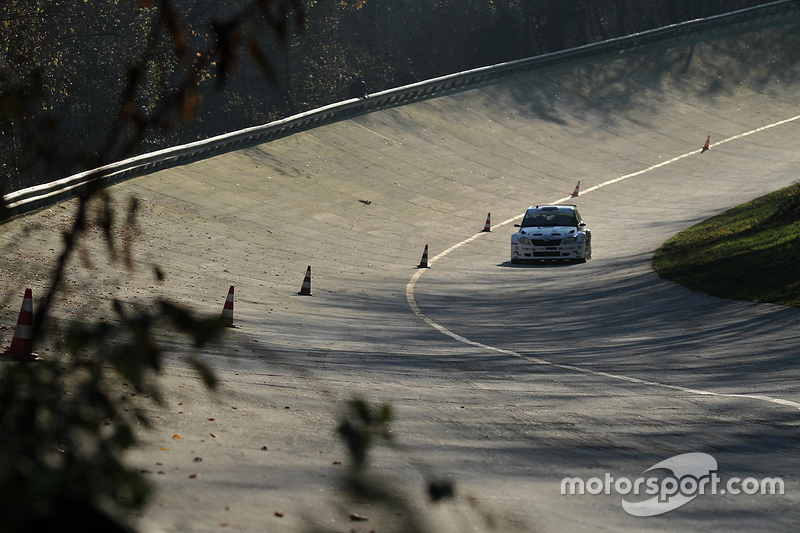 Monza banking action