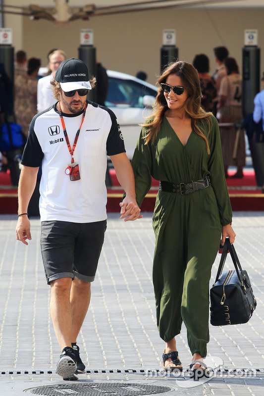 Fernando Alonso faz a mesma coisa com Lara Alvarez