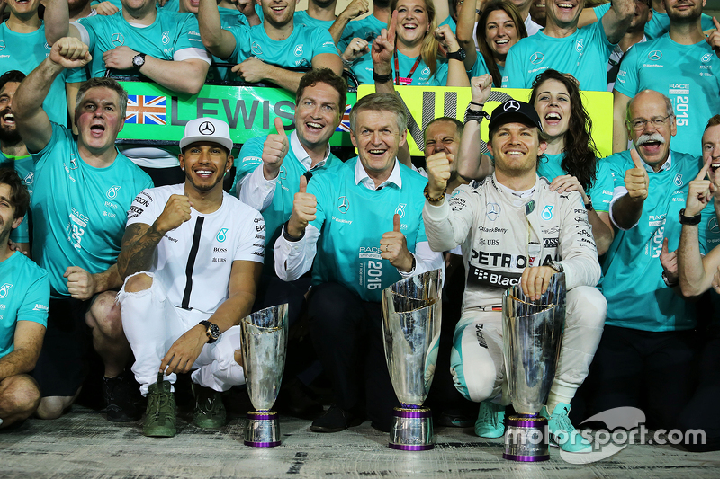 Race winner Nico Rosberg, Mercedes AMG F1 celebrates with second place Lewis Hamilton, Mercedes AMG