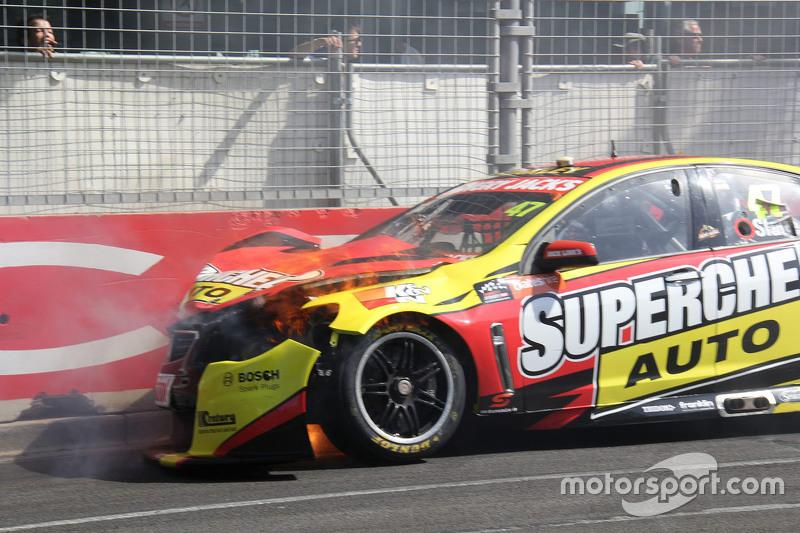 Tim Slade, Walkinshaw Racing, Holden, Unfall
