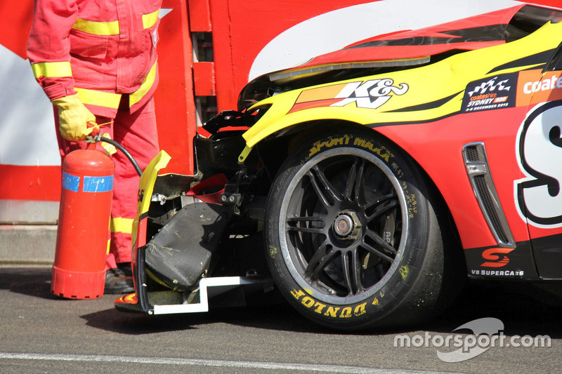Tim Slade, Walkinshaw Racing, Holden, mit Unfallschaden