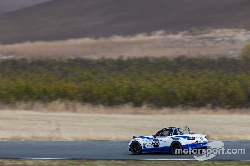 #55 Mazda USA Mazda MX-5 Cup: Taz Harvey, Richard Fisher, RAndy Miller