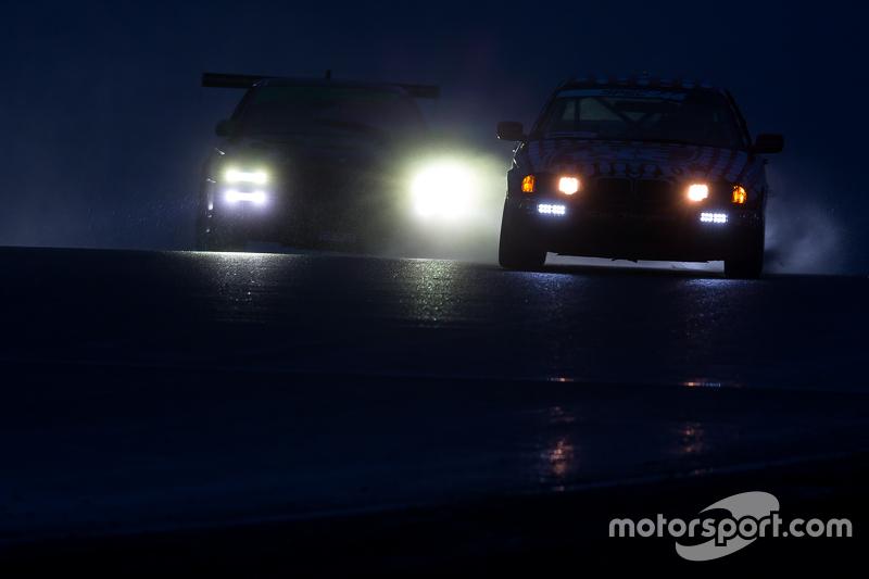 1. #0 Grip Racing BMW 330ci