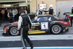 #1 Блек Фалкон Mercedes SLS AMG: Йерун Блекемолен, Маро Енгел, Халед Аль-Кубайсі