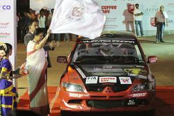 Lohitt Urs ve Shrikant Gowda, Mitsubishi Lancer Evo VIII