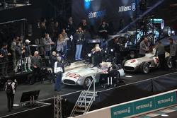 Stirling Moss, dan Hans Herrmann, Mercedes-Benz 300 SLR