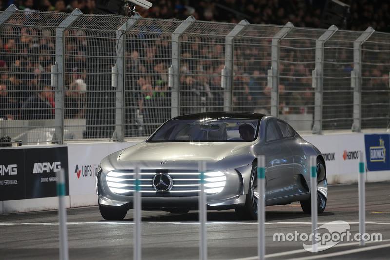 Mercedes Konsept Aracı