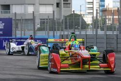 Lucas di Grassi, ABT Schaeffler Audi Sport y Nathanael Berthon, Team Aguri