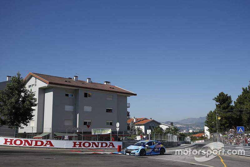 Nestor Girolami, Honda Civic WTCC, Nika International