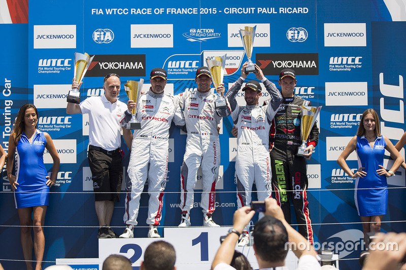 Podium: race winner Sébastien Loeb, Citroën C-Elysée WTCC, Citroën World Touring Car team, second place Yvan Muller, Citroën C-Elysee WTCC, Citroën World Touring Car team, third place Jose Maria Lopez, Citroën C-Elysée WTCC, Citroën World Touring Car team and Tom Chilton, Chevrolet RML Cruze TC1, ROAL Motorsport