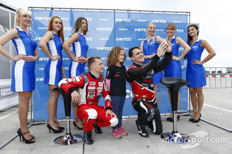 Norbert Michelisz, Honda Civic WTCC, Zengo Motorsport and Matej Homola, Chevrolet RML Cruze TC1, Cam