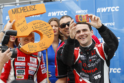 Norbert Michelisz, Honda Civic WTCC, Zengo Motorsport y Matej Homola, Chevrolet RML Cruze TC1, Campos Racing
