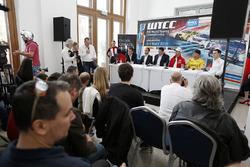 Прес-конференція: François Ribeiro, Eurosport Events MotorСпортивний директор, Хосе Марія Лопес, Citroën C-Elysee WTCC, Citroën World Touring Car team, Роб Хафф, Lada Vesta WTCC, Lada Sport Rosneft, Норберт Міцеліс, Honda Civic WTCC, Zengo Motorsport