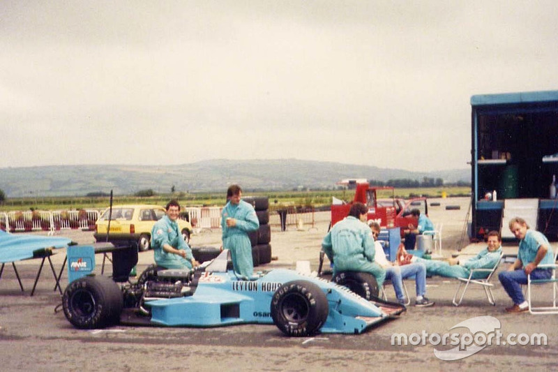 Leyton House March 881, Test