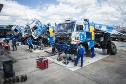 Mechanics of Team KAMAZ Master work during the rest day of Rally Dakar