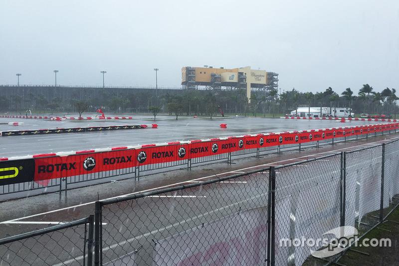 Starker Regen am Homestead Miami Speedway