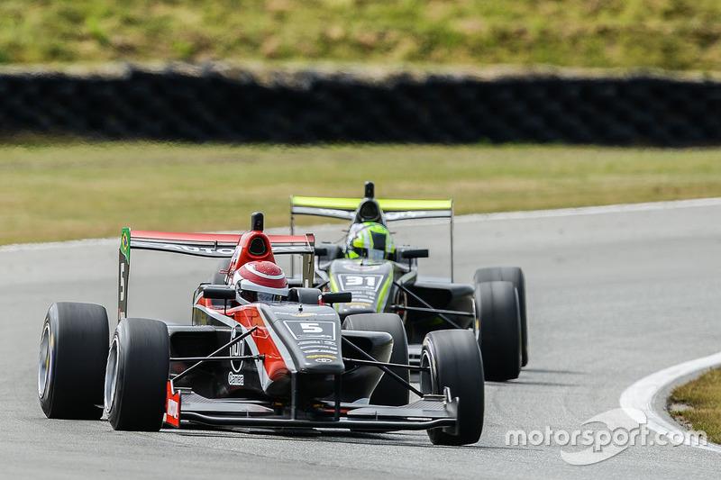 Pedro Piquet e Lando Norris