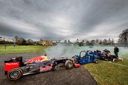 Daniel Ricciardo, Red Bull Racing vs il pacchetto di mischia da rugby