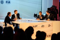 FIA Başkanı Endurance Commission Lindsay Owen-Jones, Sunucu Bruno Vveestick, ACO başkanı Pierre Fillon, WEC CEO Gérard Neveu