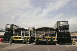 Моторхоум команды Renault Sport F1