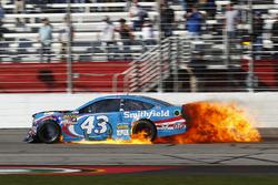 Aric Almirola, Richard Petty Motorsports Ford brennt