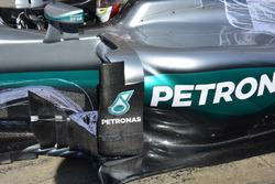 Боковая часть машины Mercedes AMG F1 W07 Hybrid