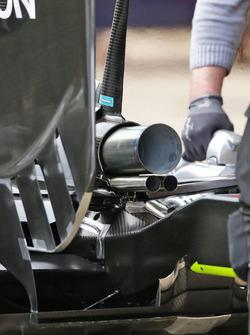 Mercedes AMG F1 W07 Hybrid egzoz detay