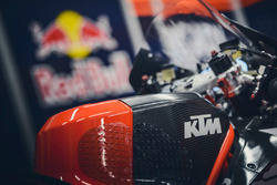 KTM RC16, Detail