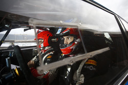 Робер Консани и Максим Вильмо, Peugeot 208 T16