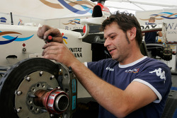 A Barwa International Campos Team mechanic at work