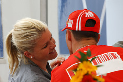 Corina Schumacher, Corinna, Wife of Michael Schumacher kisses her husband Michael Schumacher, Scuderia Ferrari