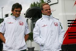 Rubens Barrichello, Honda Racing F1 Team and Jacky Eeckelaert, Honda Racing F1 Team, Chief Engineer ? Advanced Research Programmes