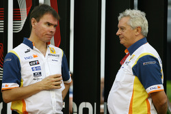 Alan Permane, race engineer and  Pat Symonds, Renault F1 Team, Executive Director of Engineering