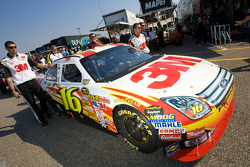 3M Ford in tech inspection line