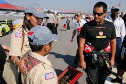 Juan Pablo Montoya talks with local Boy Scouts